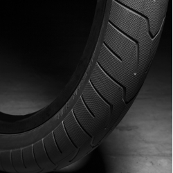 Kink Sever 2.4 Black tire