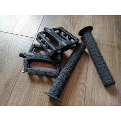 Stolen thermalite pedals with fly sergio grips